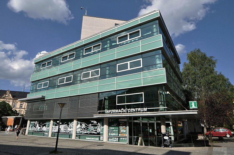 Vsetín - informační centrum a Masarykova veřejná knihovna