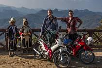 Amatérský fotograf, cestovatel a dobrodruh Tomáš Hlucháň vystavuje fotografie z cest po jihovýchodní Asii v Galerii na radnici v Rožnově pod Radhoštěm.