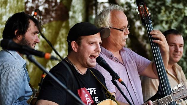 Stálice české country a bluegrassové scény - kapely Poutníci. Ilustrační foto.