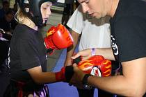 Otevřené mezinárodní mistrovství České republiky v kickboxingu se v pátek a sobotu konalo ve sportovní hale Synot Tip v Rožnově pod Radhoštěm