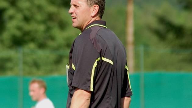 Fotbalový rozhodčí Karel Mičkal