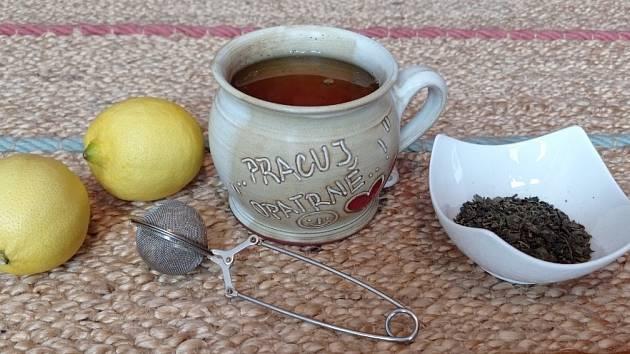 Čaj ochraňuje před zákeřnými chorobami.