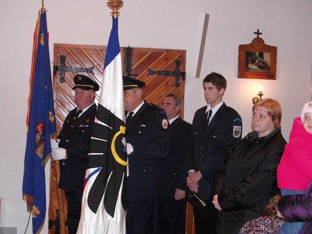 Vzpomínkový akt na rodinu Sívkových, kterou po atentátu na Heydricha vyvraždilo gestapo.