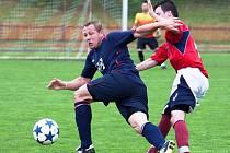 Do druhé půle zápasu Valašské Meziříčí – Mikulovice (2:4) nastoupil hrající trenér Nečas, ale i on se nestačil divit. Domácí během čtvrthodiny inkasovali čtyři branky.