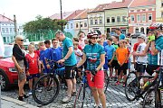 Účastníci šestnáctého ročníku kampaně Cyklo-běh za Českou republiku bez drog 2018 se v úterý 12. června 2018 zastavili ve Valašském Meziříčí. Trasu z Rožnova pod Radhoštěm s nimi absolvoval také hejtman Zlínského kraje Jiří Čunek.