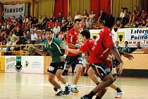 Házenkáři Zubří v přípravném utkání porazili rakouský celek UHC Leoben vedený koučem Ivanem Hargašem 37:29.