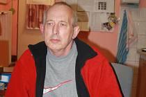 Dnes pomáhá Petr Kučera v azylovém domě.