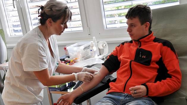 V minulých dnech se do nových prostor přestěhovala transfuzní část Hematologicko-transfuzního oddělení (HTO) Vsetínské nemocnice a.s.