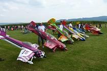 Letiště v Poličné se v sobotu změní na kolbiště leteckých modelů.