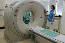 Tomograf umožňuje přesnější diagnostiku.