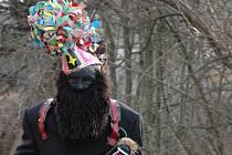 Průvody masek jsou pro Hornolidečsko typické. Stejně jako desítky let staré kostýmy s ježčími kůžemi.