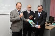 Křest 2. doplněného vydání knihy Josef Sousedík se uskutečnil 26. září 2019 ve vsetínské knihovně. Knihu  pokřtil hejtman Zlínského kraje Jiří Čunek za asistence spoluautora Jiřího Kohutky (vlevo) a syna vynálezce Tomáše Sousedíka.
