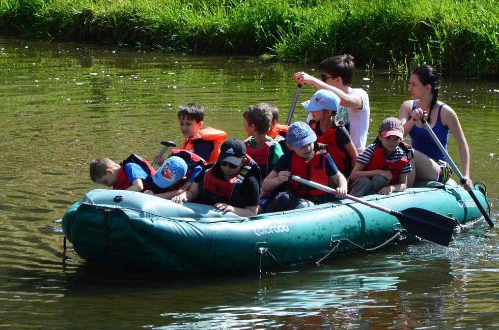 Vzpomínání na báječné prázdniny na vodě