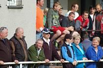 Fanoušci v Brankách ani nestíhali sledovat vývoj divokého utkání s Loučkou, ve kterém padlo celkem děvet branek a také tři červené karty.