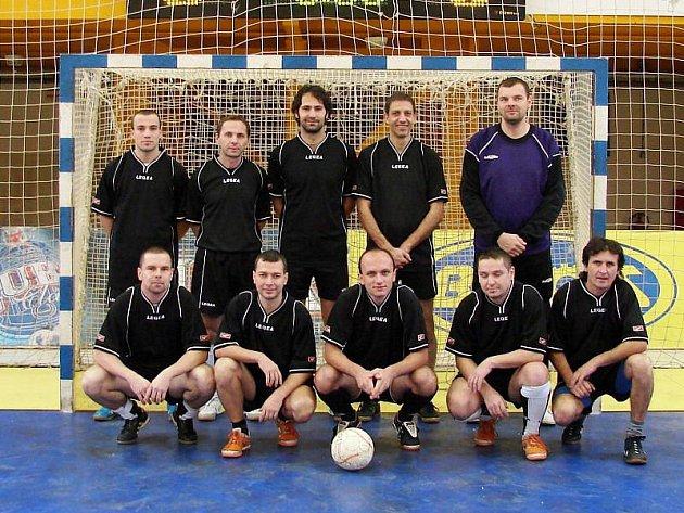 Futsalisté Horní Bečvy měli hodně plodný víkend. Soupeřům nastříleli celkem dvacet branek a jsou stále v hře o postup.