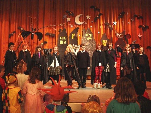 Tříkrálový karneval v Domě kultury ve Vsetíně. Ilustrační foto.