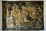Tapiserie ze 17. století s názvem Zuzana a starci nebo také Zuzana v lázni je jedinou tapiserií, která se na lešenském zámku do dnešních dní zachovala.
