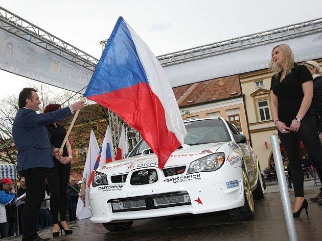 Start 35. ročníku Valašské rally ve Valašském Meziříčí.