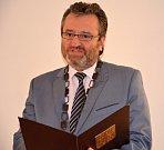 Starosta Robert Stržínek (ANO) osobně přivítal nové občánky Valašského Meziříčí