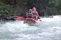 Výpravu za poznáním řek kanadského severu absolvovala před několika měsíci valašská desetičlenná vodácká expedice. Vedl ji vsetínský učitel, dobrodruh a milovník severské přírody Ludvík Schmidt.