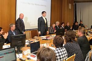 Na ustavujícím zastupitelstvu 5.listopadu 2018 volili zastupitelé nové vedení města. Starostou se stal Jiří Růžička, místostarosty Simona Hlaváčová, Tomáš Pifka a Pavel Bartoň.