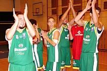 Basketbalový klub KK Jasenice měl úspěšnou sezonu na obou frontách: ve druhé lize i v oblastním přeboru.