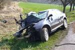 Tragická nehoda osobního auta u Kelče.