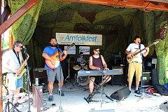 Dvaadvacátý ročník Amfolkfestu neboli Festivalu na konci světa se konal v sobotu 29. července v osadě Pulčín na Hornolidečsku.