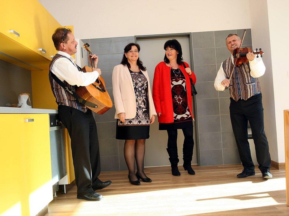 Otevření centra pro OZP ve Vsetíně s ministryní práce a sociálních věcí Michaelou Marksovou.
