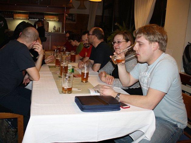 V restauraci vsetínského domu kultury se v pátek večer konala 2. valašská pivní besídka.