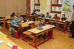 Na vesnicích se ve školách 6. listopadu 2019 nestávkovalo. Například v Lačnově se děti normálně učily