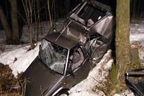 Dopravní nehoda u obce Lužná.