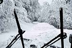 Na Pustevnách v pátek 16. dubna upravovali běžkařské stopy.