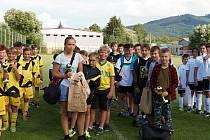 Fotbaloví mladší žáci Valašské Bystřice vyhráli premiérový ročník Červnové ligy mladších žáků, když ve finále přetlačili Vsetín.