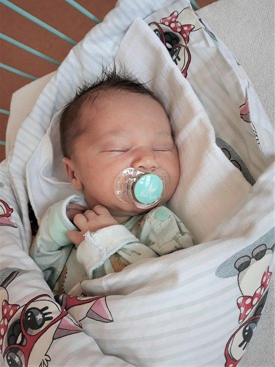Michal Sýkora, Veřovice, narozen 4. června 2021 ve Valašském Meziříčí, míra 52 cm, váha 3620 g
