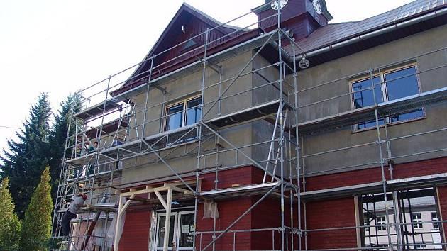 V Horní Bečvě opravují budovu radnice