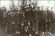 Pulčínští hasiči v třicátých letech 20. století.