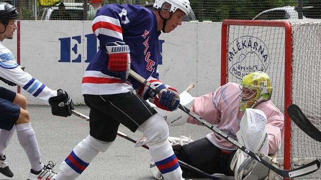 Benefiční hokejbalový turnaj Stoupa Cup ve Vsetíně