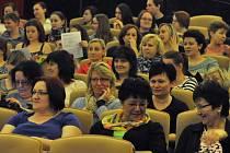 Konference Sestra 2015 pořádaná ve čtvrtek 9. dubna 2015 Vsetínskou nemocnicí, a. s. v kině Vatra ve Vsetíně.