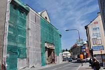 Oprava Lidového domu ve Vsetíně, úterý 6. května 2014.
