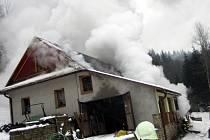Požár rodinného domu v Dolní Bečvě
