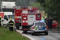 Dopravní nehoda ve vsetínské části Rokytnice u Irisy v úterý 16. června 2020 po 13. hodině totálně uzavřela hlavní spojnici mezi Vsetínem a Vizovicemi.