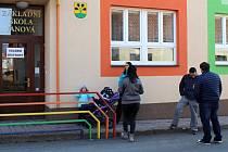 Zastupitelé Janové rozhodli, že 30. června zavřou místní základní školu. Důvodem byl hromadný odliv žáků.