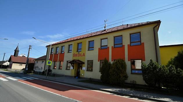 Leskovec - základní škola.