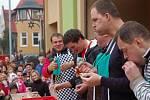 V Hovězí soutěžili o největšího jedlíka