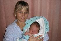 Iveta Hrstková a syn Matěj, 50cm, 3900g, 29. 11. 2010