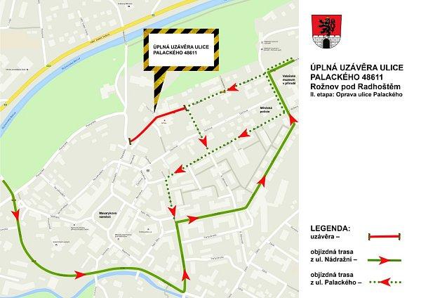 Schéma objízdných tras uzavřené Palackého ulice vRožnově pod Radhoštěm.