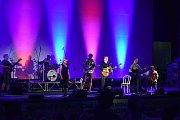 Koncert irské kapely Interference s hostujícím Glenem Hansardem.