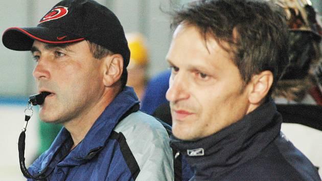 Jan Klacl (vlevo) už Bobry nevede.