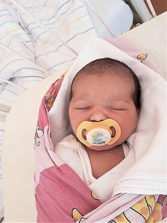 Amálie Riemerová, Vsetín, narozena 14. února 2021 ve Valašském Meziříčí, míra 50 cm, váha 3300 g